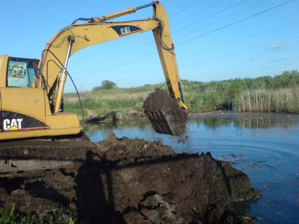 Чистка водоемов и дноочистительные работы